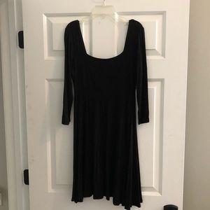 Black Scoop Neck 3/4 Length Sleeve Dress